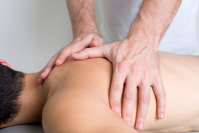 La terapia a base del masaje linfático ayuda a descongestionar los coágulos de la linfa