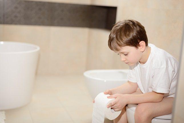 En muchas ocasiones los padres no saben cómo detectar si sus hijos tienen encopresis