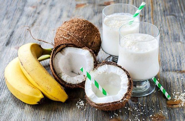 Los cocos son naturalmente dulces, y una pequeña cantidad de su carne puede satisfacer fácilmente el hambre