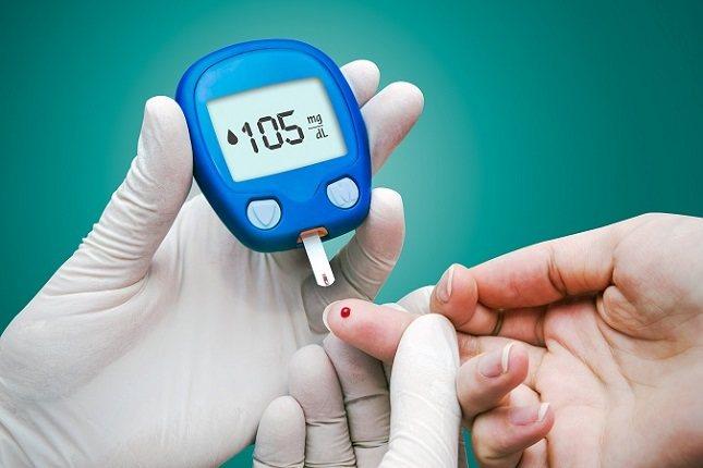 La diabetes es una enfermedad metabólica en la que los niveles de azúcar