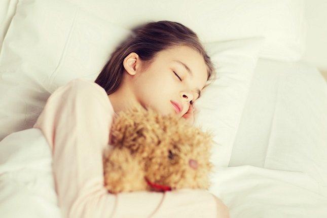 La música es probablemente más adecuada para la relajación que para bloquear los sonidos que nos molestan al dormir.