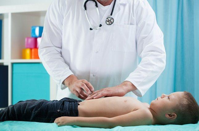 El diagnóstico de una úlcera estomacal en los niños puede ser difícil