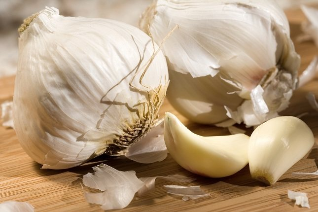 El ajo aporta innumerables sabores a deliciosos platos sin apenas añadir calorías