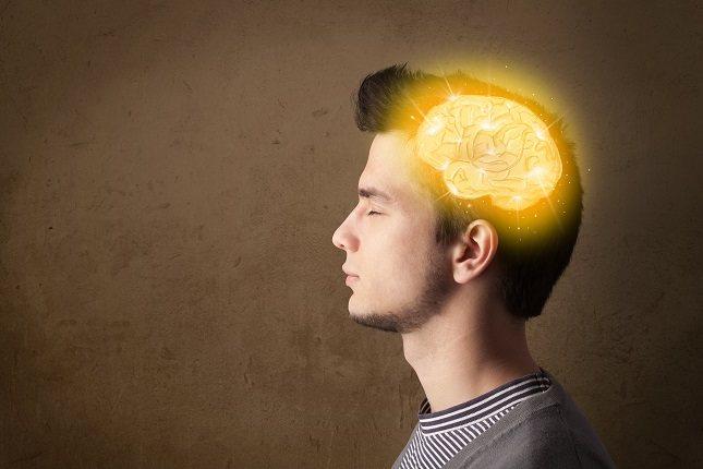 La demencia frontotemporal es más probable que se presente cuando existen antecedentes de demencia en la familia del paciente