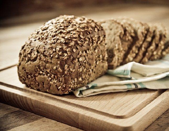 El pan es un alimento que, por sus ingredientes y composición, aporta muchos beneficios a nuestro cuerpo
