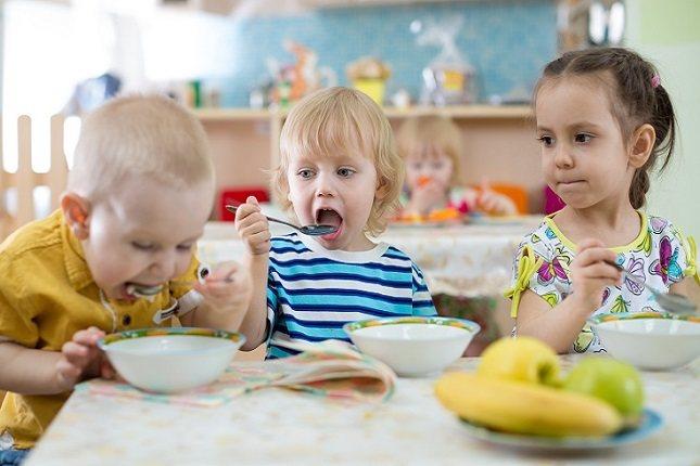 Los niños que comienzan a comer verduras desde que son pequeños, se acostumbrarán a los sabores