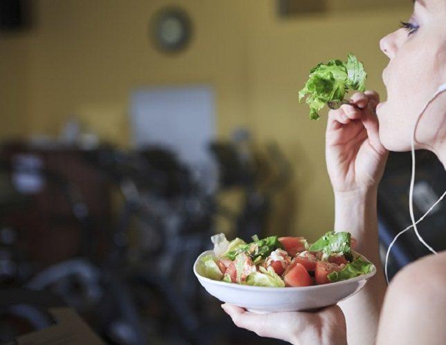 Debes comer de forma selectiva después de un día de comida masiva