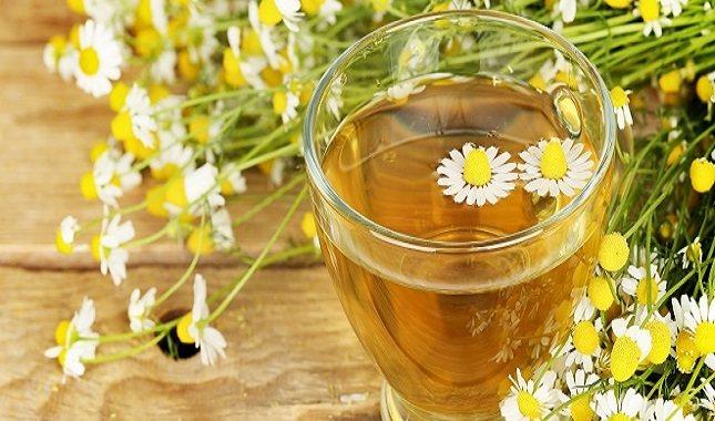 Se cree que el té de manzanilla tiene propiedades calmantes