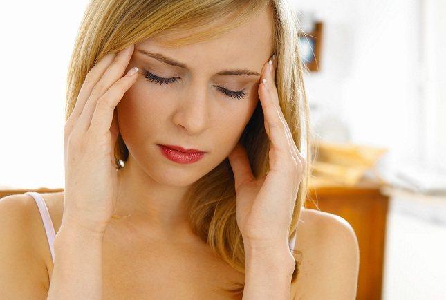 El embarazo a menudo provoca cambios en las hormonas de la mujer que ocasionan dolores de cabeza