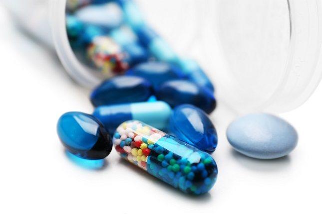 Es importante recordar que, los medicamentos con estatinas pueden interactuar con otros fármacos