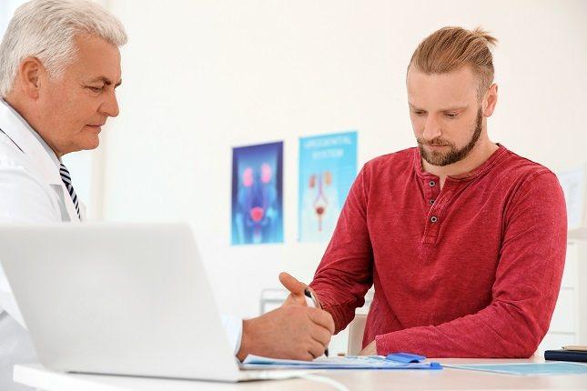 El urólogo suele hacer algunas preguntas relacionadas con el estilo de vida de la persona