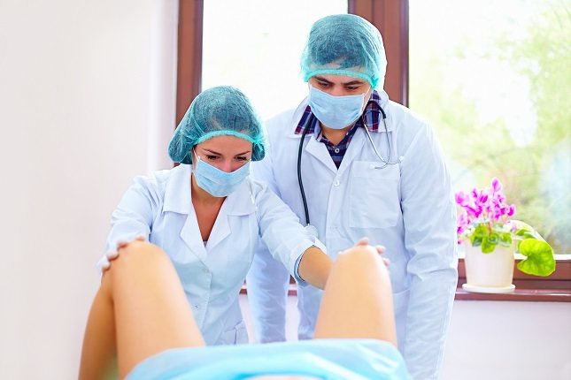 Si es la primera vez que visitas un ginecólogo debes estar tranquila
