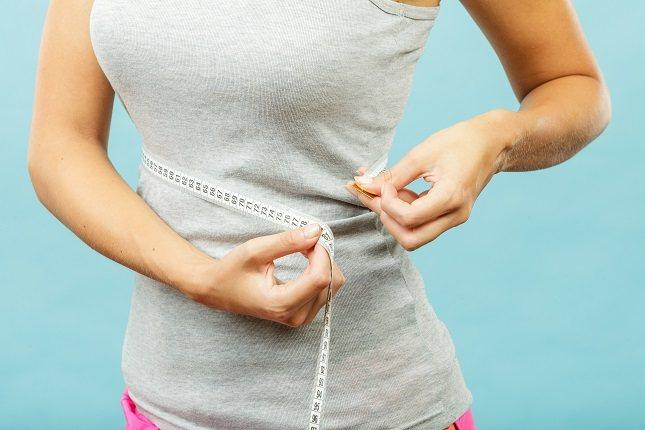Los granos integrales te ayudarán a sentirte lleno por más tiempo que los carbohidratos refinados