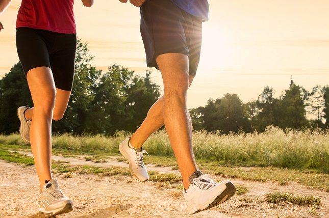 Al hacer ejercicio puede que bebas más agua de lo normal
