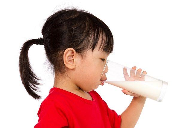 Las pruebas de intolerancia a la lactosa en un niño pequeño pueden depender de la preferencia de su pediatra