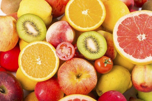 Debes tener mucho cuidado con las frutas como las uvas, las pasas y otras frutas secas