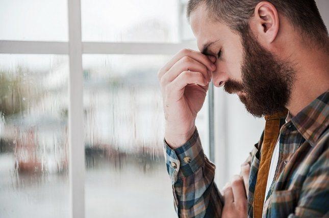 La mayoría de las infecciones sinusales agudas son causadas por virus