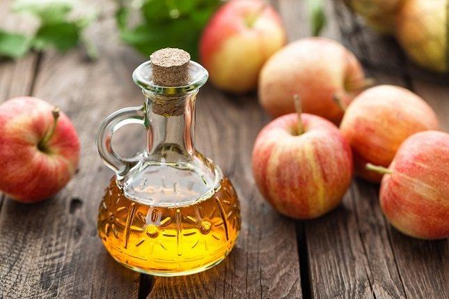 Uno de los principales componentes del vinagre de manzana es el ácido máltico