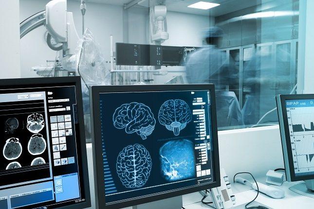 Otra señal sutil de un tumor cerebral es temblor en las manos