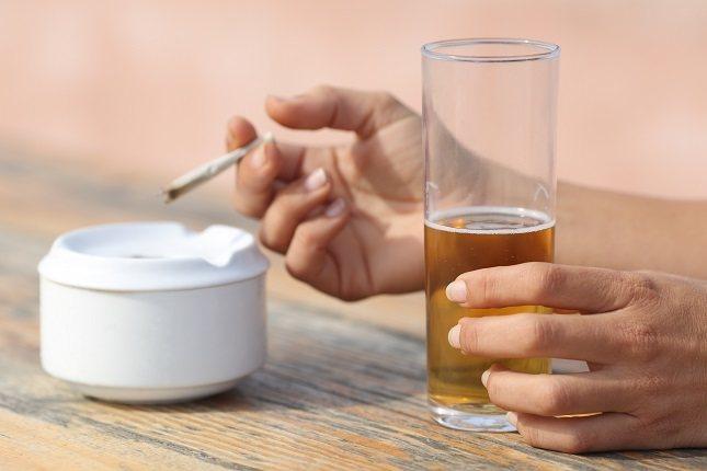 La mayoría de la gente opta por el tabaco de liar al pensar que es menos dañino