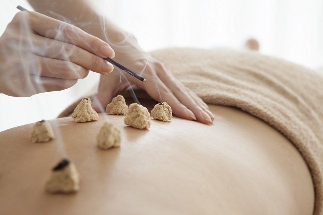 La medicina tradicional chinamanipula la energía en estos canales para restablecer el equilibrio