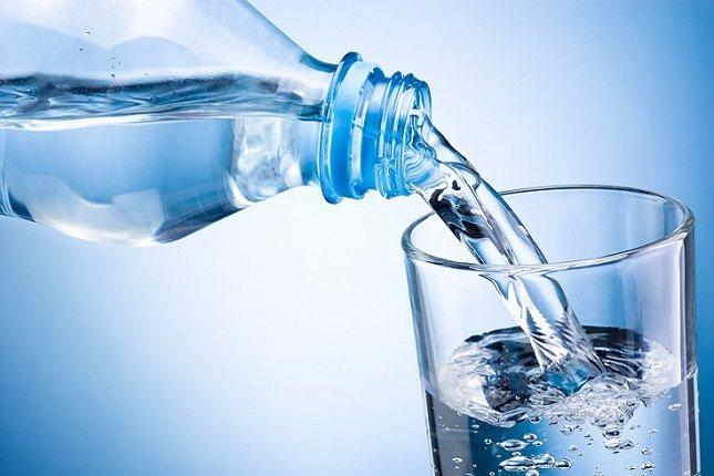 Cada noche, llena una jarra de agua y tendrás muchas combinaciones
