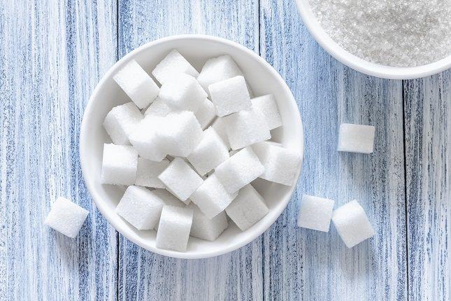 Mide la cantidad de azúcar que estás añadiendo a tu comida
