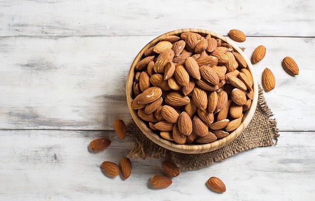 Los frutos secos son excelentes para la salud debido entre otras cosas a su contenido de ácido fólico