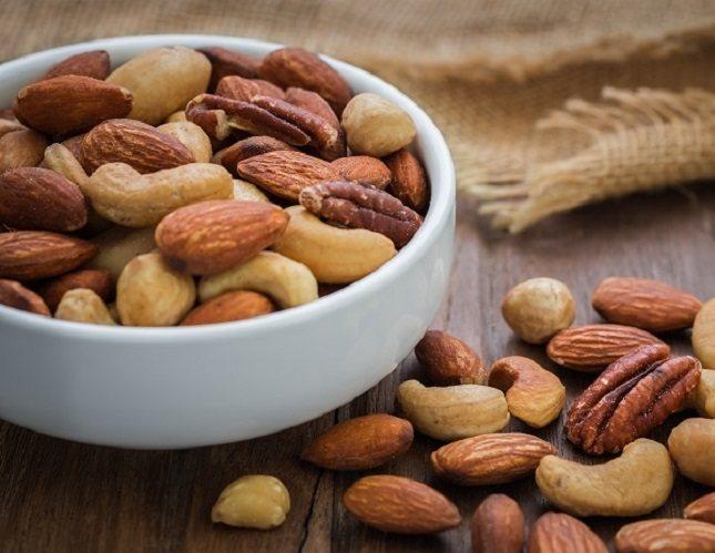 Los frutos secos son ricos en grasas saludables del tipo omega 3