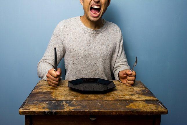 Si te saltas las comidas también puede provocar una caída de azúcar en tu sangre