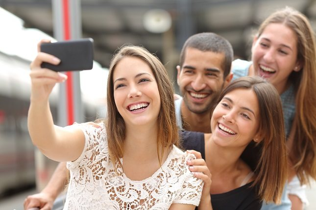 La toma de selfies es una acción orientada a sí misma