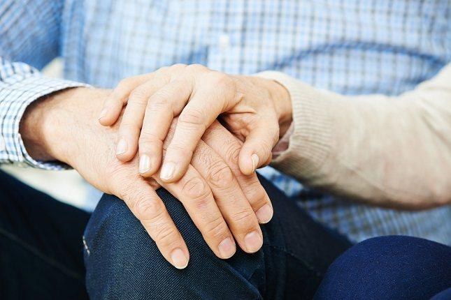 La eutanasia consiste en acelerar el proceso de la muerte