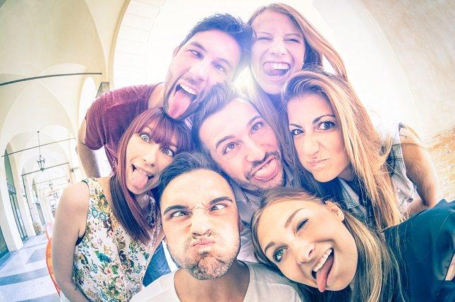 Las personas que tienen una sólida red de apoyo viven más y se sienten mejor