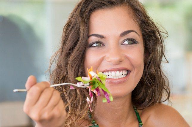 Si tienes sobrepeso, tus objetivos deben ser reducir la ingesta calórica