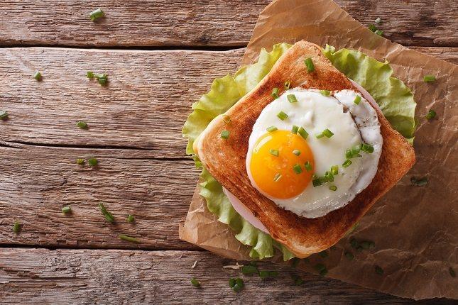 Los huevos también son ricos en vitamina B5 y B6