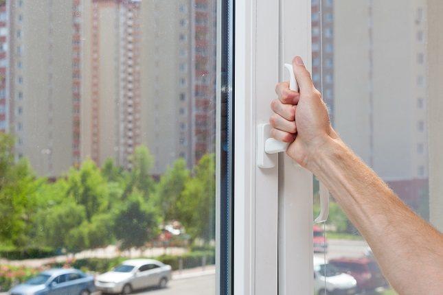 Si no ventilas la casa vas a notar en todo momento que el ambiente está más cargado de lo normal