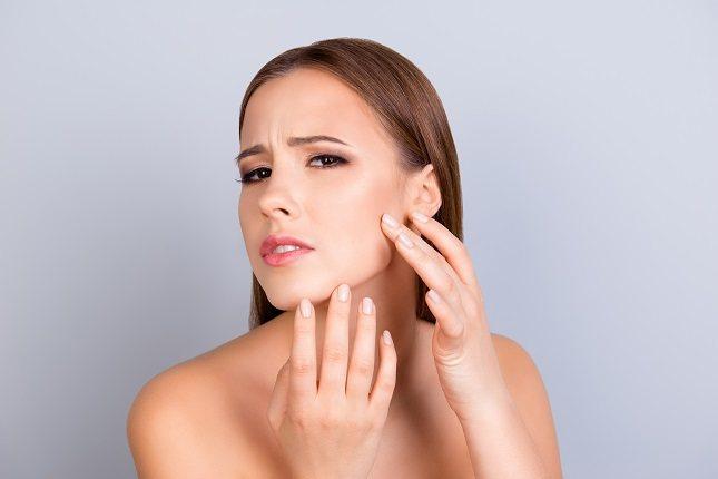 Habla con tu dermatólogo sobre posibles productos recetados