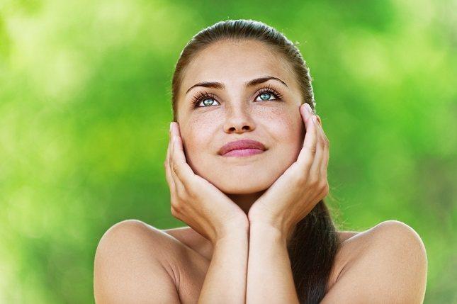 Visita a tu dermatólogo y pregunta sobre una receta de ácido azelaico