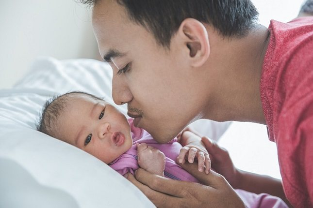 Tendrás que asegurarte de contactar con el médico de tu hijo si el acné está empeorando