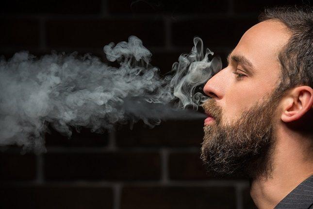 Cuando una persona fuma hay un aumento de los radicales libres en el organismo