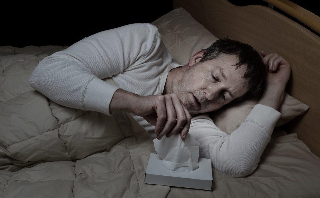 sudores nocturnos causas en hombres