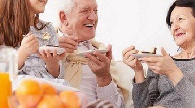 Una alimentación saludable en la vejez es más que solo comida