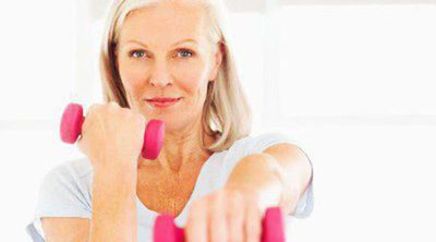 Reducir los efectos de la osteoporosis tras la menopausia