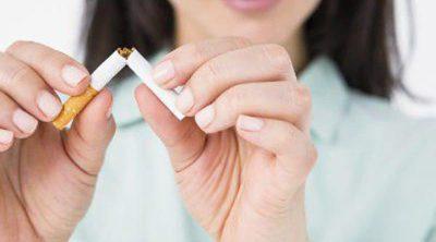 Dejar de fumar: ¿Cómo puede ayudar una dieta adecuada?