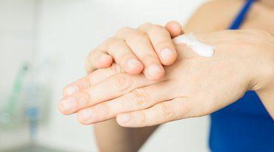 Remedios naturales para mejorar la piel de las manos secas