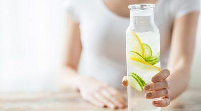 Mitos sobre tomar agua con limón