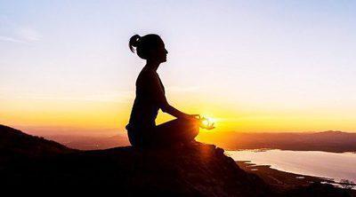 ¿Las mujeres aprovechan más la meditación que los hombres?