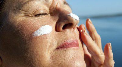 Cuidado de la piel madura en verano