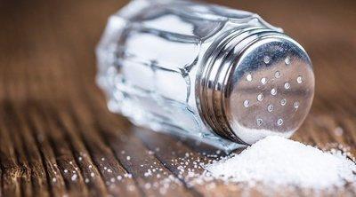 Qué le pasa a tu cuerpo cuando tomas demasiada sal