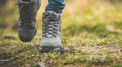 Consejos de seguridad para caminar solo